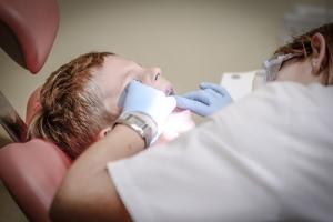 Hole Dental Implant